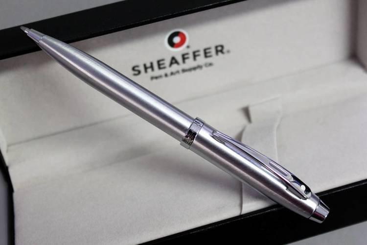 9306 BP Długopis Sheaffer kolekcja 100, chrom, wykończenia chromowane