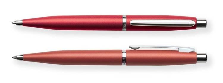 9403 BP Długopis Sheaffer VFM, czerwony, wykończenia niklowane