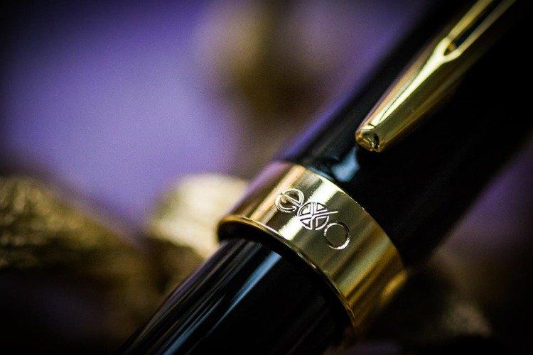 Długopis EXO Sagitta, czarny, wykończenia złote