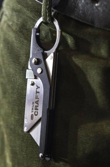 TU590 True Utility Nóż składany Crafty